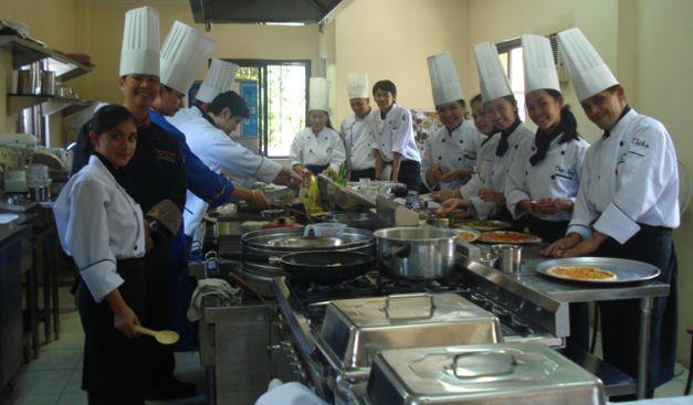 Cursos de cocina cursos cortos con salida laboral for Cursos de cocina gratis por internet